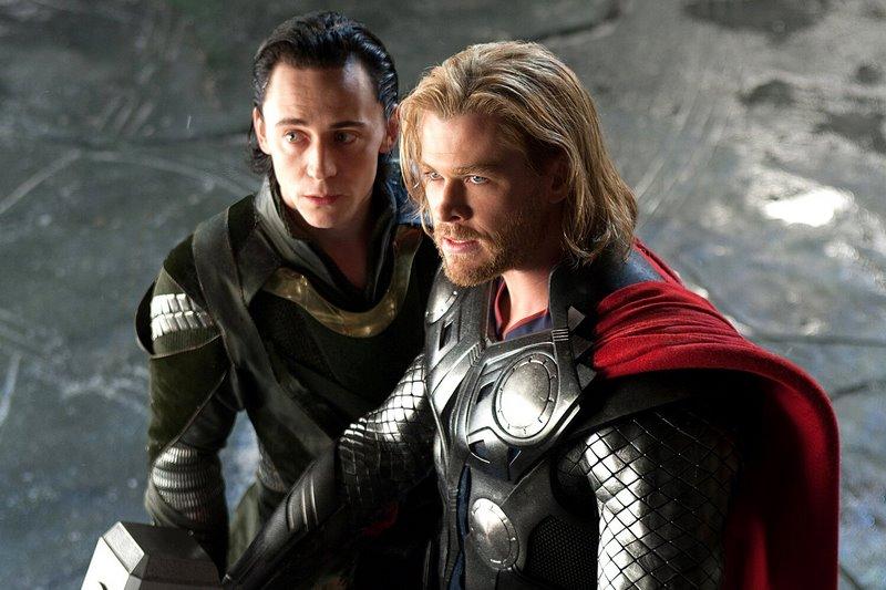 thor hinh anh 4 - Thor: Ngai vàng dành cho người xứng đáng